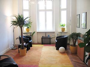 Behandlungszimmer von Detlef Bigalk, Psychologe, Psychotherapeut, Psychotherapie in Berlin-Tempelhof: Traumatherapie, Hypnotherapie, Verhaltenstherapie, Lebensberatung, Hypnose
