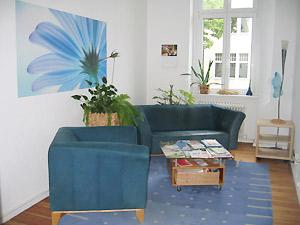 Wartezimmer von Detlef Bigalk, Psychologe, Psychotherapeut, Psychotherapie in Berlin-Tempelhof: Traumatherapie, Hypnotherapie, Verhaltenstherapie, Lebensberatung, Hypnose
